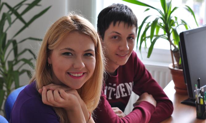 Алина Пилипенко и Дмитрий Ткачук - Образование в Чехии EuroEducation