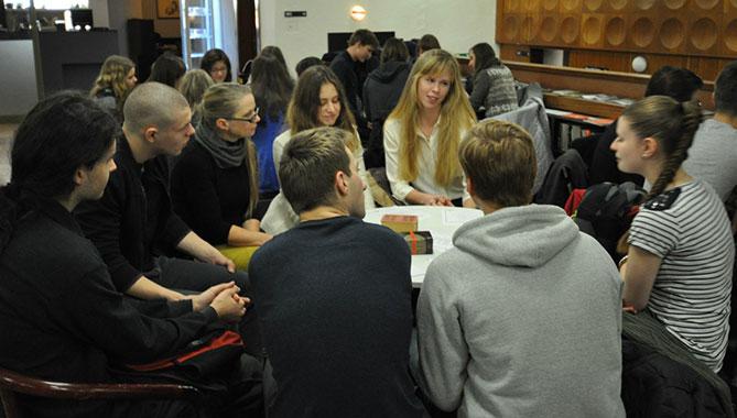 Встреча студентов EuroEducation с чешскими школьниками в разговорном клубе